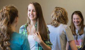 Birkenhead nella scuola superiore vietato indossare capi firmati
